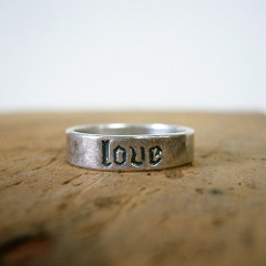 6182931616_d4bb5ae4f4_m  LOVE RING